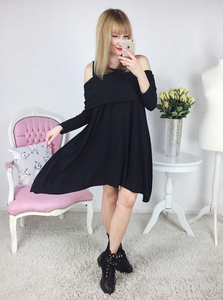 /thumbs/1000xauto/2018-02::1517646752-czarna-sukienka-bez-ramion4.jpg