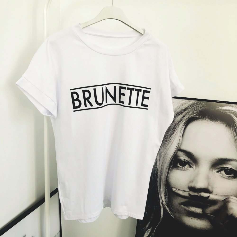 T-SHIRT BRUNETTE - bialy